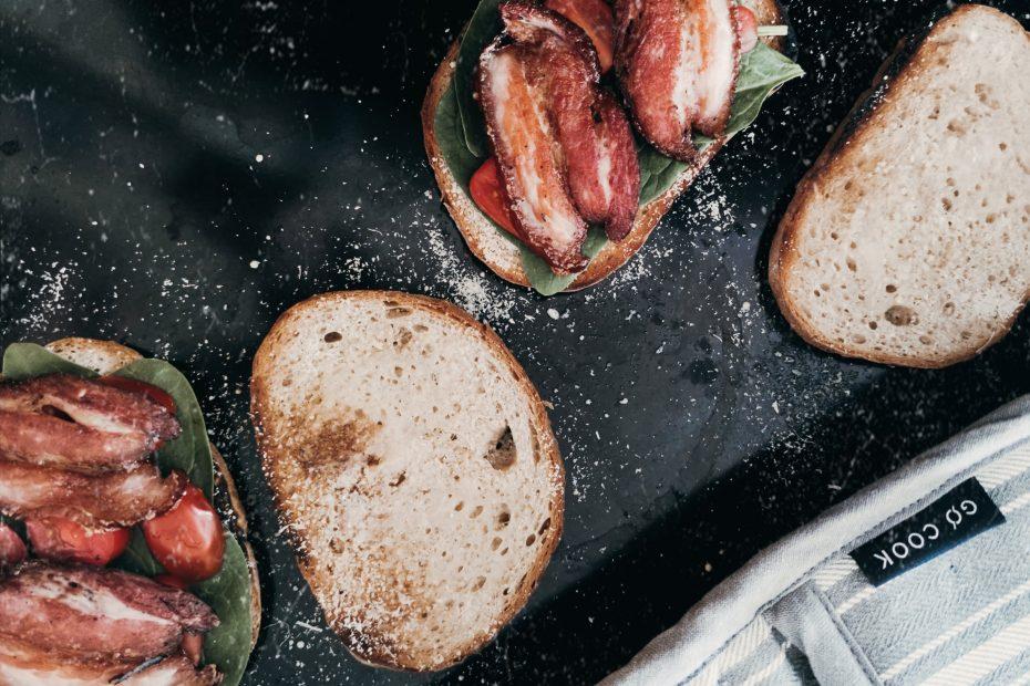 slaninovy-toast